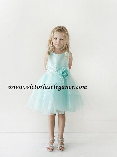 Style TTU5701 @ www.victoriaselegance.com